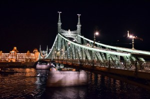 BudapestByNIghtLibertyBridge1